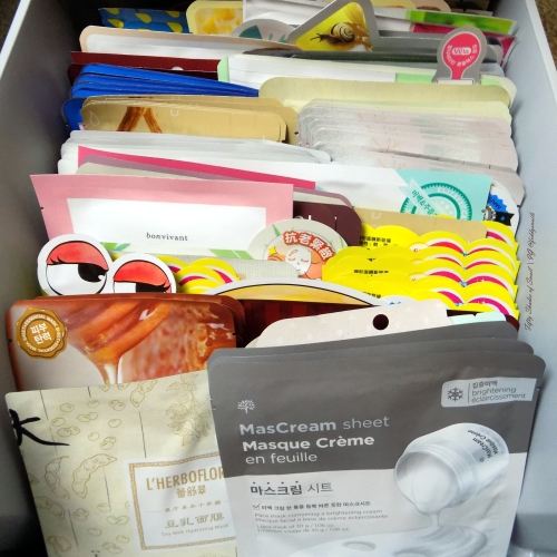 Sheet mask hauling