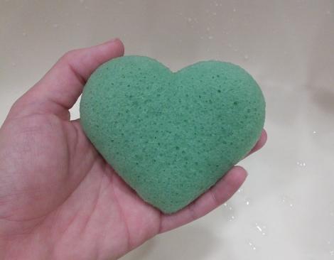 Heart shaped konjac sponge