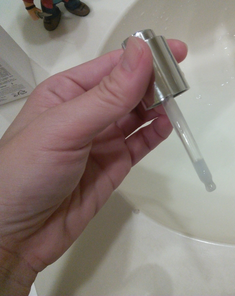 Pipette in DD'ell Extra Vitalizing Serum