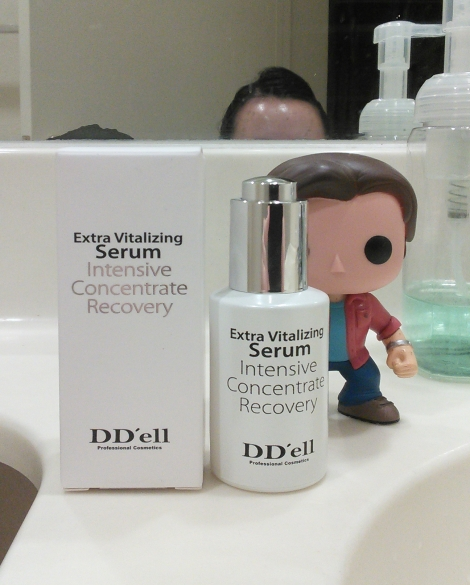 DD'ell Extra Vitalizing Serum packaging