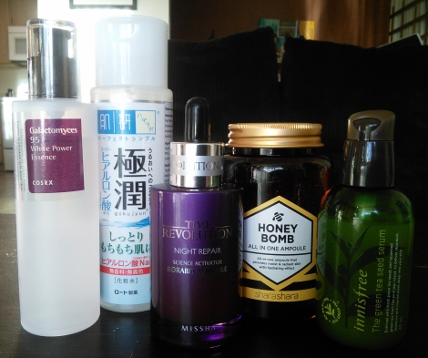Essences, ampoules, and serums