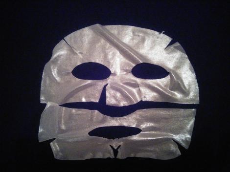 Used Banila Co Miss Flower & Mr Honey hydrogel mask