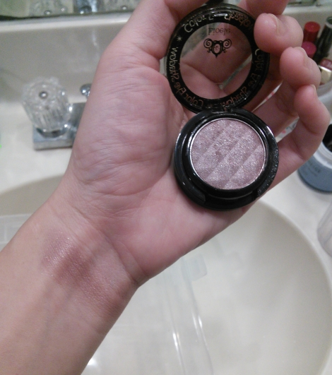 Swatch of Lioele Color Eye Shadow 25 Brown Violet