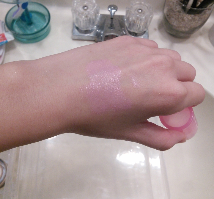 Swatch of Periperia Ah Much Real My Cushion Blusher in Lively Lavender