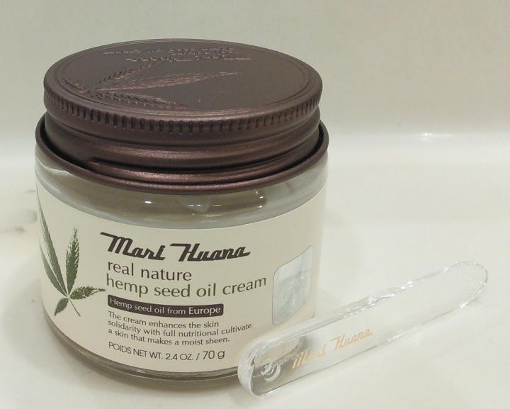 Jar and spatula of Mari Huana Cream
