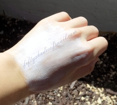 Neutrogena Beach Defense Sunscreen Lotion SPF 70 initial white cast