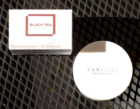 Yuripibu Black Tea Firming Mask