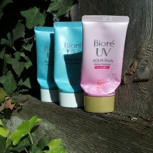 Biore UV Aqua Rich Watery Essence and Rose edition