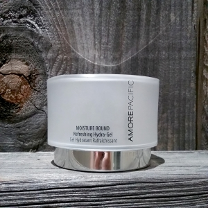 amorepacific Moisture Bound Refreshing Hydra-Gel moisturizer
