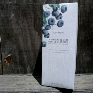 glow Recipe Blueberry Bounce Gentle Cleanser