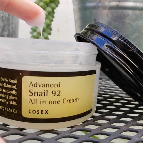 COSRX Advanced Snail 92 All In One Cream stringiness