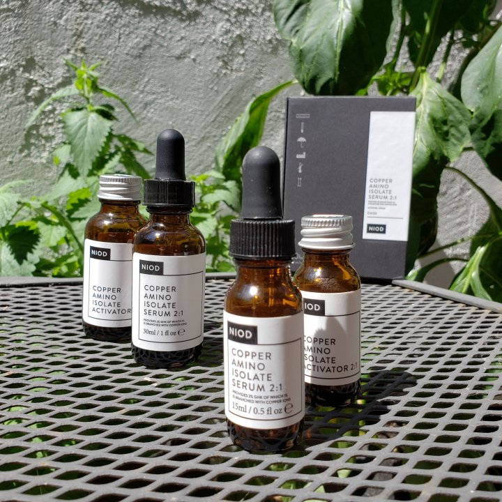Bottles of NIOD CAIS2